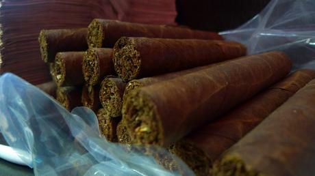 The wonderful Double Corona - daily fresh / Martinez Handmade Cigars, New York, NY / Leica D-Lux 4