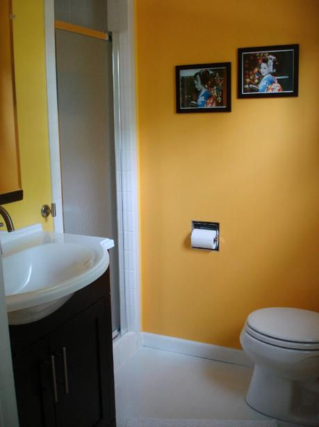 small bathroom decor decorate value affordable save money how to tips advice ideas thrifty