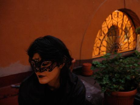 The Beauty of a Mask – Enjoying the Dark Side of Halloween