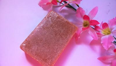 Aster Butter Scotch Luxury Bathing Bar Review