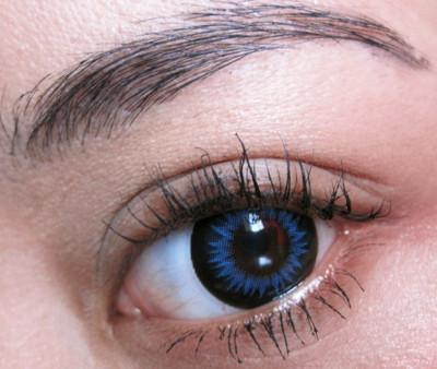 Blue colored contact for brown eyes