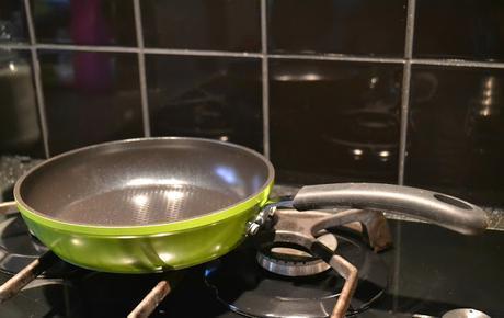 Green Earth Frying Pan by Ozeri