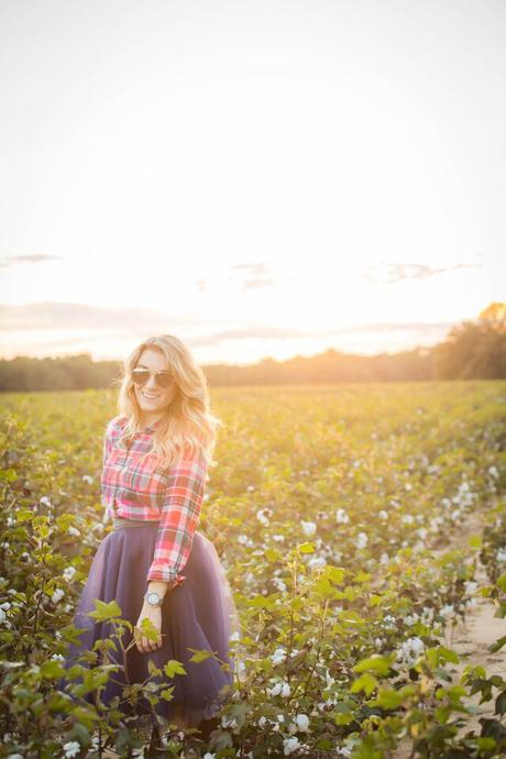 Photo shoot in tulle skirt and flannel, family photos- The Samantha Show