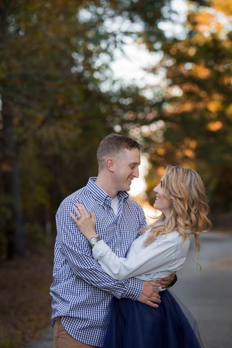 Fall couple photos in a navy and white color palette-The Samantha Show