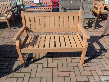 2 Seater Winawood Classic bench