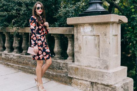 Amy Havins of Dallas Wardrobe wears a floral print Shoshanna dress.