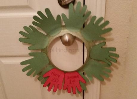 DIY Christmas Wreath Kids