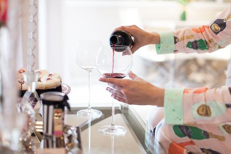 olivia-pope-wine-glasses