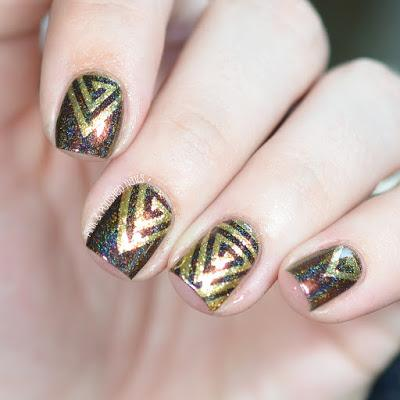 Whats Up! Triangle Swirl Nail Vinyls