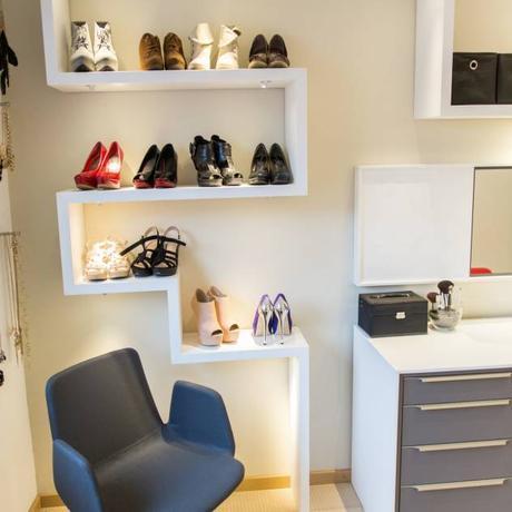 Detail Schuh- und Handtaschenregal : Modern Storage by alegroo—interior design