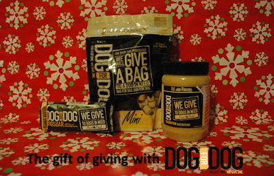 Doggy Christmas gift idea: Tasty treat and the gift of giving #DOGforDOGPetSmart