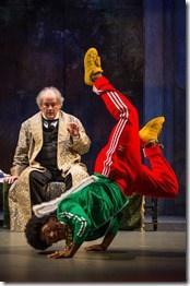 Review: Twist Your Dickens or Scrooge You! (The Second City and Goodman Theatre, 2015)