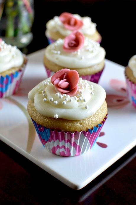 Eggless Cupcakes with Strawberry & Cream Cheese