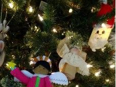 Humor King's House Traveling Christmas Tree Ornaments