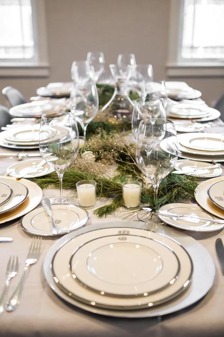 Holiday Party Tablescape-4