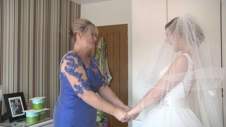 Emma and Alistairs Wedding Highlights7