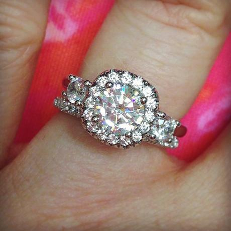 Uneek diamond halo