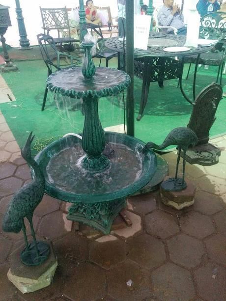 Apartment Patio Decor Ideas | Vintage Lawn Furniture