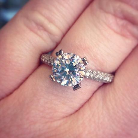 Solitaire on a micropave band