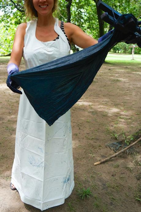 making an indigo scarf