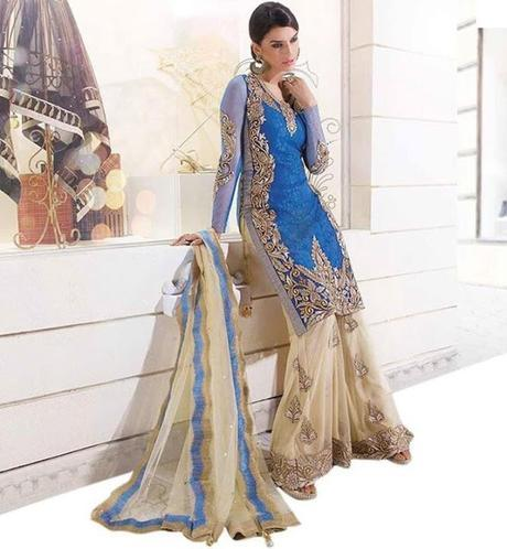 5 brownie points as to why wear ethnic suit over saree for a friend's wedding?