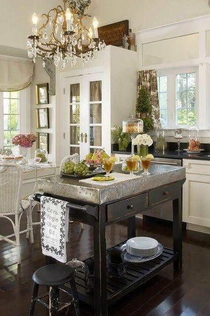 Using Vintage Chandeliers in the Kitchen Paperblog – Vintage Chandeliers