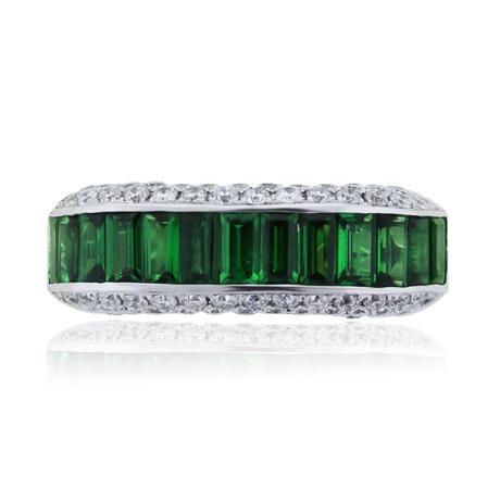 18k White Gold Tsavorite and Diamond Ring