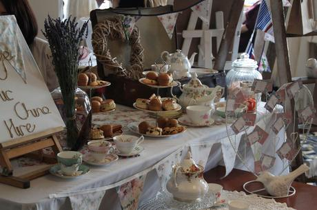 Vintage Chic China Hire