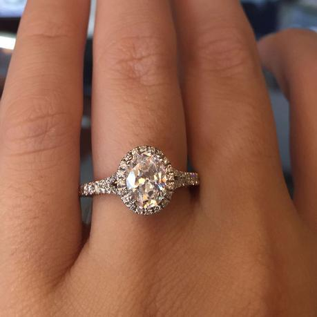 Verragio Couture oval halo engagement ring