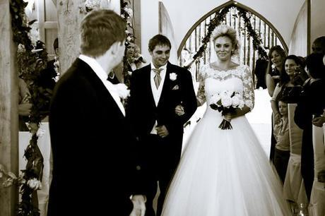 Temple Gregory real wedding in Hampshire (21)