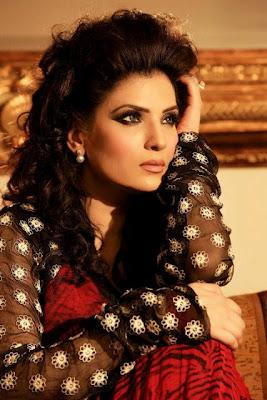Top Actress Resham Stunning Makeover Shoot For Mina Hassan
