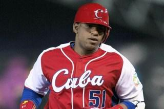 Oakland Athletics Sign Cuban Free Agent Outfielder Yoenis Cespedes
