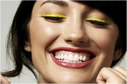 Color Me Happy! 3 Must-Try Beauty Trends For 2012