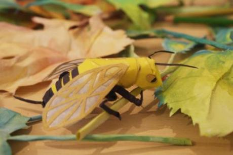 Greedy Hen's Paper Insects