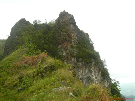 Candongao Peak: A Fantasy Realm in the Highlands of Badian