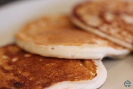 how to make choc chip pancakes