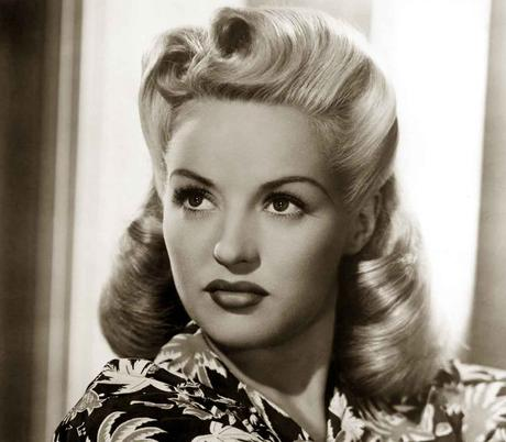 1940s-Hairstyles---Memorable-Pompadours---Betty-Grable