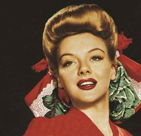 1940s-Hairstyles---Memorable-Pompadours---Leslie-Brooks