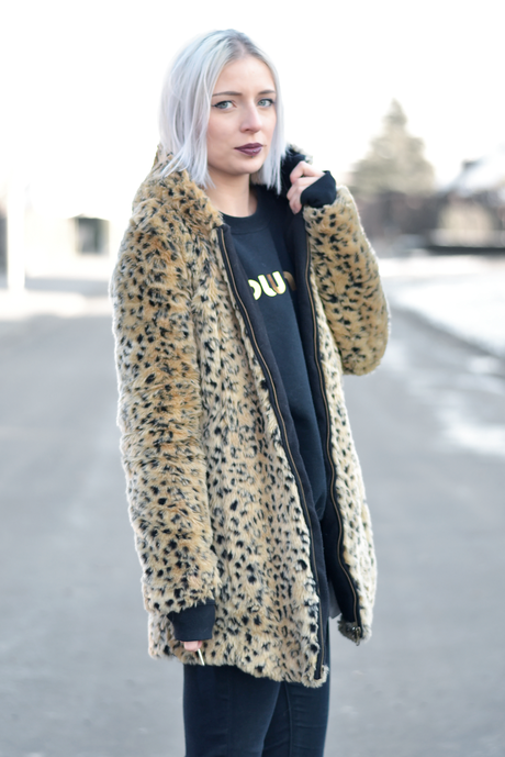 Ootd, faux fur leopard coat, zara, brian lichtenberg, miu miu, all black, patent shoes, sacha, belgian fashion blogger, belgische mode blogger, inspiration, streetstyle