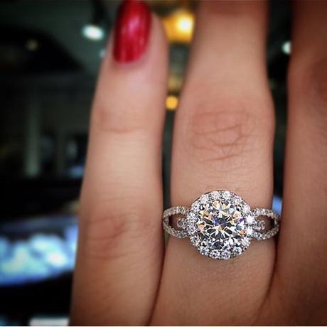 Simon G Halo Engagement Ring
