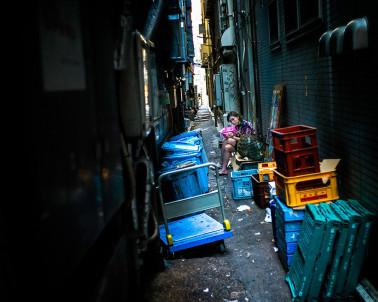 LC tokyo-alley