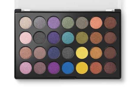 Breaking News!! BH Cosmetics Studio Pro Contour Palette And Foil Eyes Palette Are HERE!