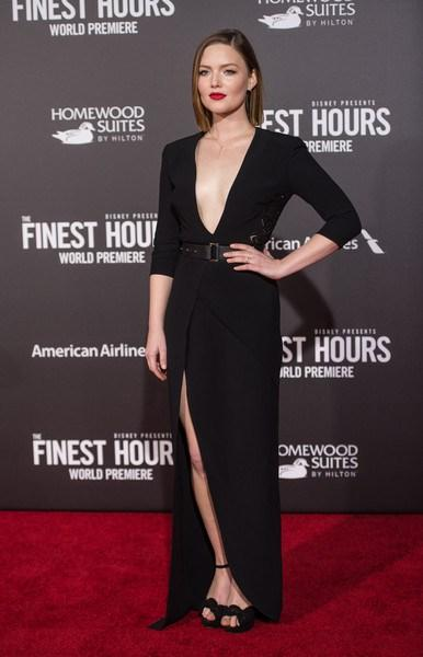 Holliday+Grainger+Premiere+Disney+Finest+Hours in ellie saab