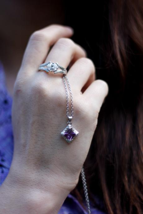 Retro Cowgirl + Jewelry in Candles   www.eccentricowl.com