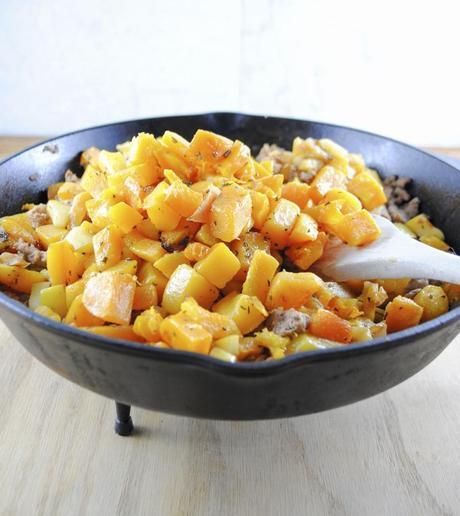 Italian Ground Turkey, Butternut Squash and Apple Hash
