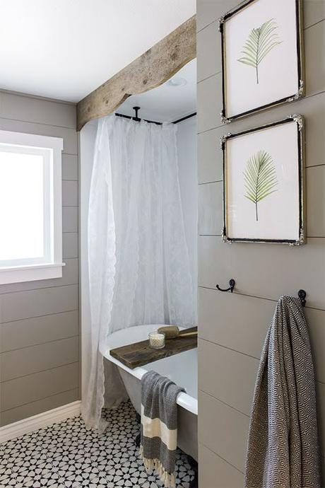 Love how the pressed plants add a fresh vibe to this bathroom.:
