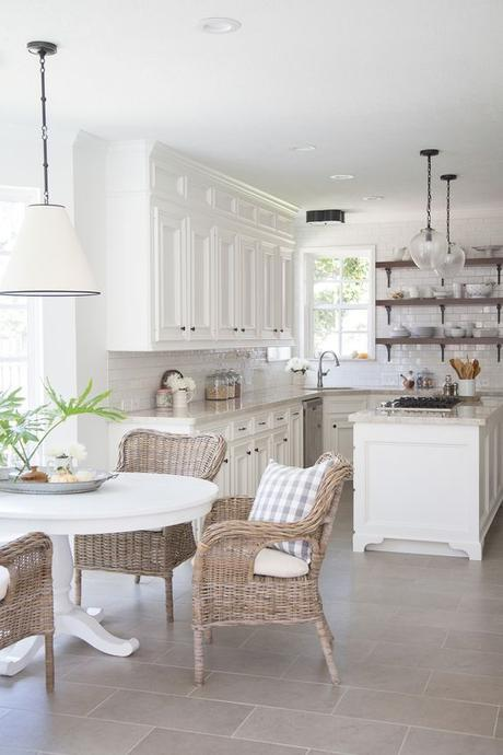 Farmhouse kitchen remodel |Interior Designer: Carla Aston | Photographer: Tori Aston: