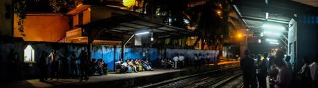 Waiting for the train at Secretariat station, Colombo. In rush hour the station would fill up really fast and getting on the train was a challenge! Fujifilm X-T1 panorama, 18mm lens.