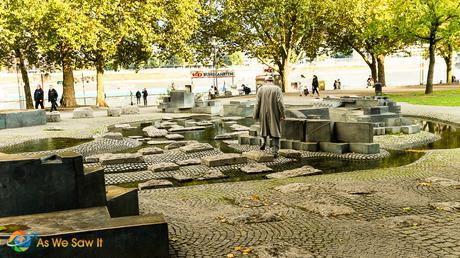 Waterfront fountain in Cologne.