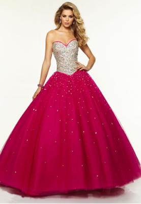 Pretty Prom Dresses To Match The Themes - Paperblog